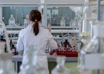 Kimya Mühendisliği Nedir? Ne İş Yapar?